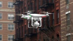 O dronă s-a prăbuşit şi a rănit două persoane la o paradă în SUA