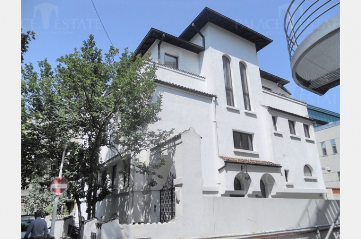 Vile scumpe în Bucureşti