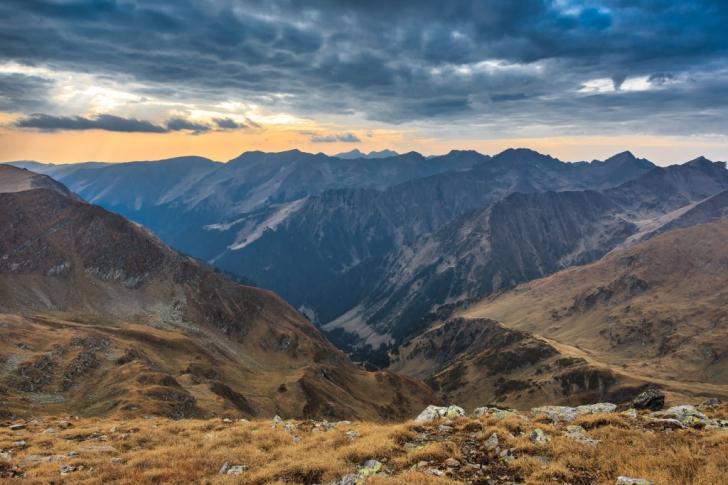 """Un articol face senzație pe Internet: """"Iată 25 de motive să nu vizitezi vreodată România"""""""
