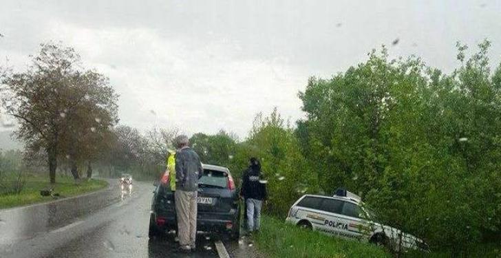 Accident spectaculos cu maşina Poliţiei. Ce au încercat să evite agenţii / Foto: opiniatimisoarei.ro