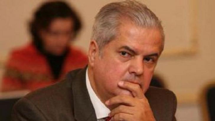 Adrian Năstase a publicat scrisoarea ambasadei prin care i se interzice să călătorească în SUA