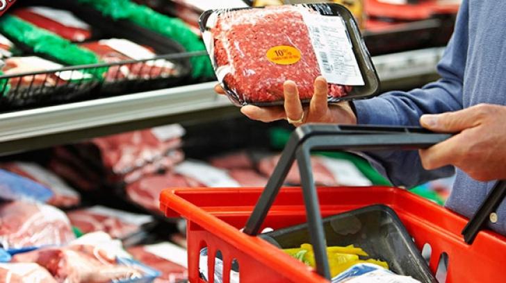 Mecanismul prin care hipermarketurile cresc preţurile