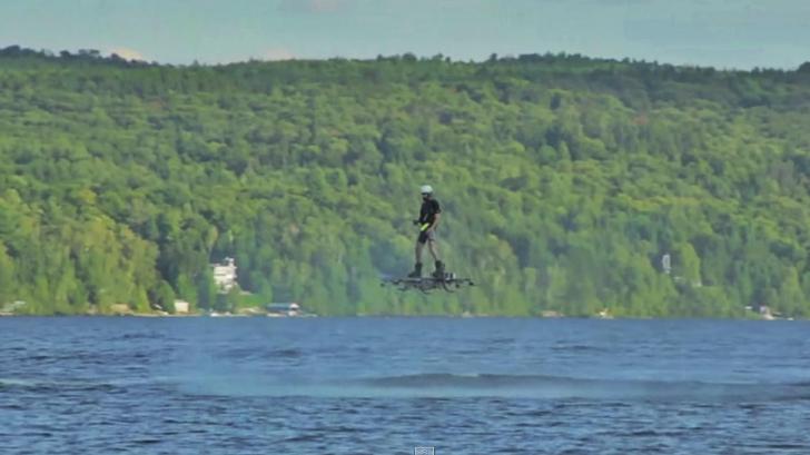 Românul cu o minte genială! Are record mondial pentru zborul cu un aparat construit de el!