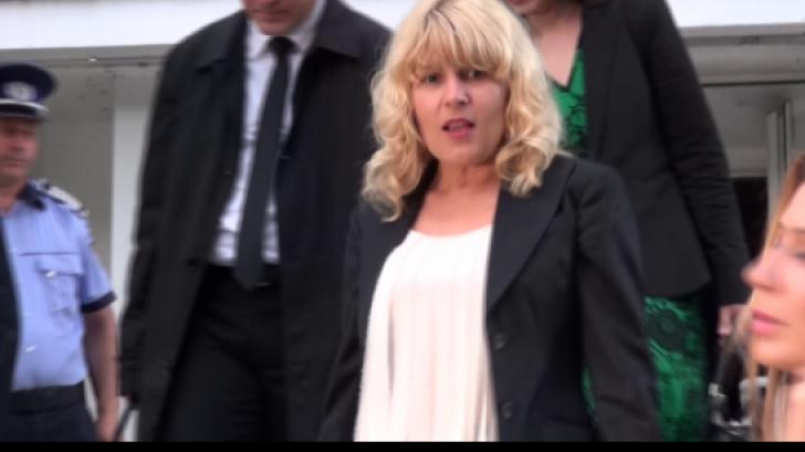 Elena Udrea, primul mesaj din arestul la domiciliu: Încă nu înțeleg de ce mă trezesc în patul meu