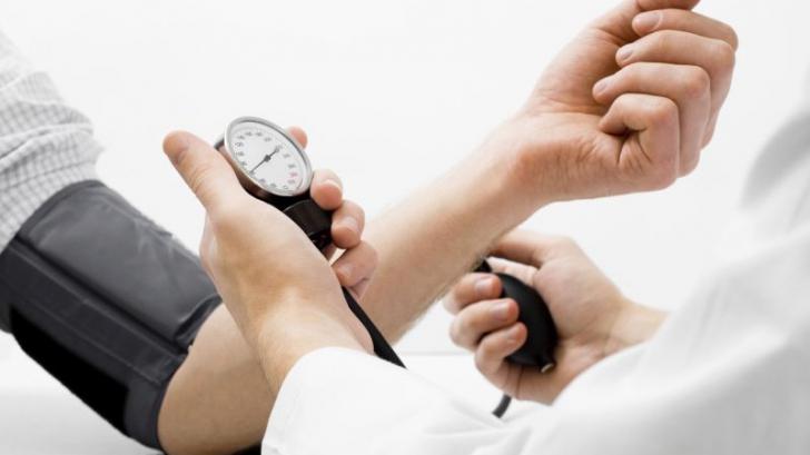 """Cum să scapi în mod natural de hipertensiunea arterială, """"boala tăcută"""""""