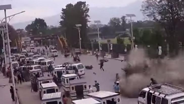 Un nou video șocant surprins în momentul cutremurului din Nepal