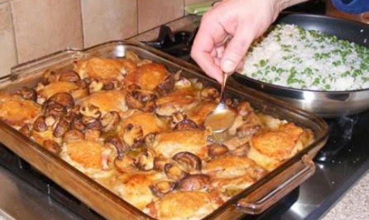 Cum faci cele mai bune pulpe de pui la cuptor. Gata în 30 de minute!