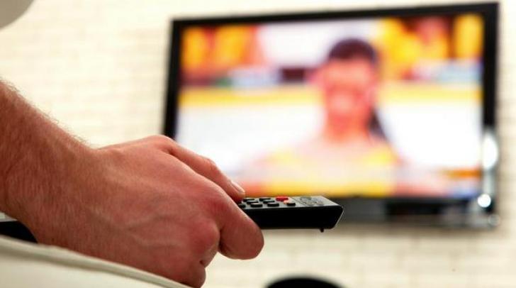 Vedetele unui post de televiziune discută în secret cu un canal concurent