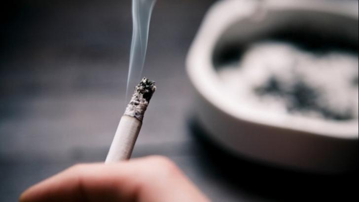 Anunţ de ultimă oră privind legea anti-fumat. Unde se va putea fuma în restaurante şi baruri