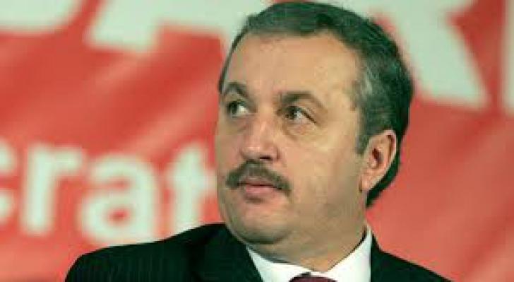 Vasile Dâncu: Trăim o mare criză politică. Românii caută un refugiu, nu un tătuc