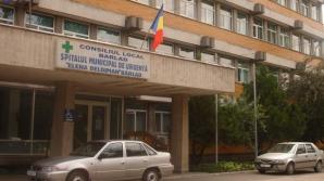 Bătaie cu cuţite şi spray lacrimogen în Spitalul Bârlad. 16 pacienţi au fost evacuaţi din saloane