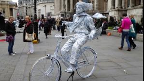"""Popor de bicicliști"", monșer!"