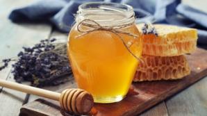 Cum tratezi constipaţia cu miere
