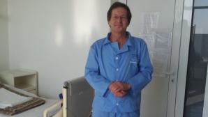 Ambasadorul Olandei, în 2013, într-un spital din România