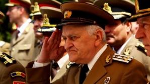 Pensiile militarilor şi diplomaţilor, reîntregite. Măsura vizează şi funcţionarii parlamentari