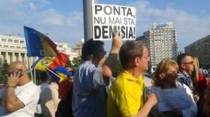 Protestele faţă de Guvernul Ponta continuă. Câteva zeci de oameni au ieşit în stradă la Berlin