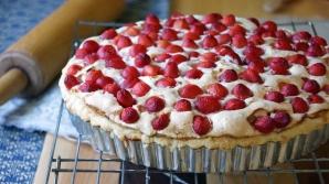 Reţetă: Cea mai delicioasă tartă cu cireşe