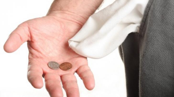 Horoscop financiar complet, luna iulie. Banii pică din cer! De alţii, însă, ghinionul se ţine scai