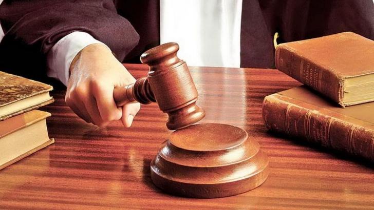 CCR: De ce arestul la domiciliu pe termen nelimitat este neconstituțional