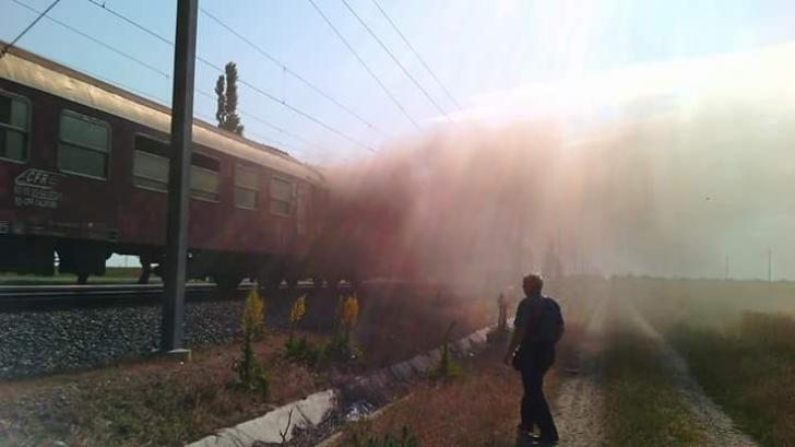 Incendiu într-un tren pe ruta București-Constanța: Zeci de pasageri, evacuaţi