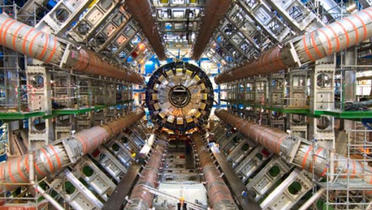 Acceleratorul de particule de la CERN a început o nouă etapă de experimente, la capacitate maximă