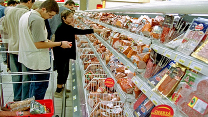 Atenţie de unde vă cumpăraţi mâncarea. Ce nereguli a găsit Protecţia Consumatorului în magazine