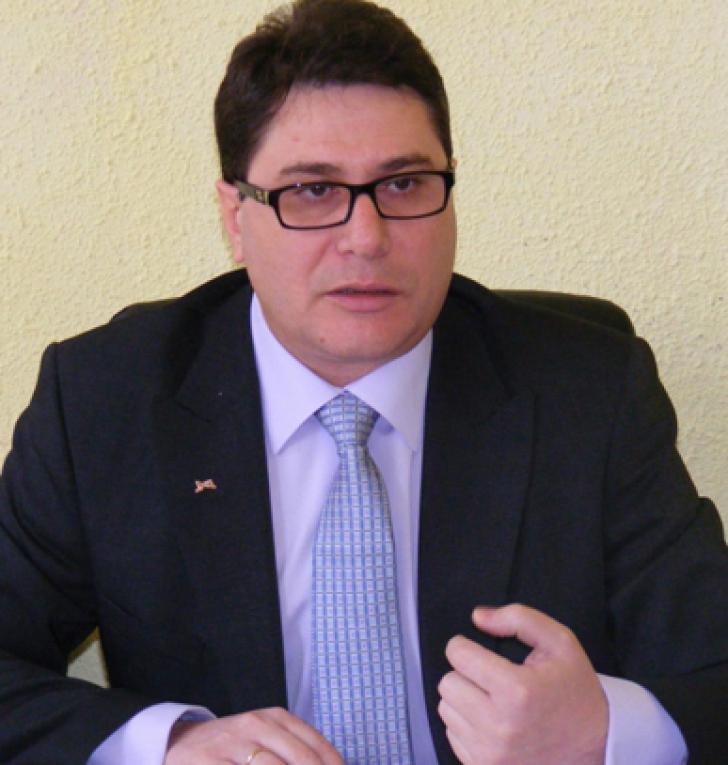 PNL va contesta la CCR votul pentru Dan Șova