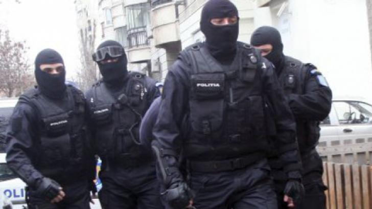 11 percheziții DIICOT la Iași, după ce un judecător a intervenit pentru doi condamnați