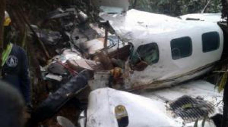 Supravieţuire miraculoasă: mamă adolescentă şi bebeluş, salvaţi la 5 zile de la prăbuşirea avionului