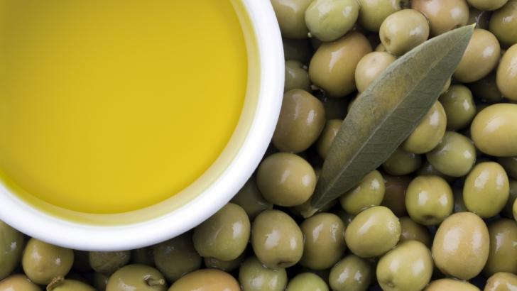 Moduri greşite în care foloseşti uleiul de măsline