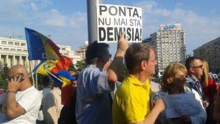 <p>Protestele fata de Guvernul Ponta continua. Câteva zeci de oameni au iesit în strada la Berlin</p>