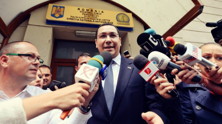 """Klaus Iohannis, răspuns cu privire la """"ieșirea din țară"""" a lui Ponta: Știm care ne sunt prietenii"""