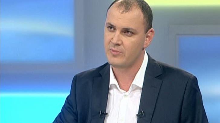 """Stenograme. Sebastian Ghiţă: ,,Pentru cel mai bun prieten al meu – Marea albastră- Te pupăm Dane"""""""