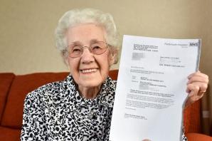 Însărcintă la vârsta de 100 de ani