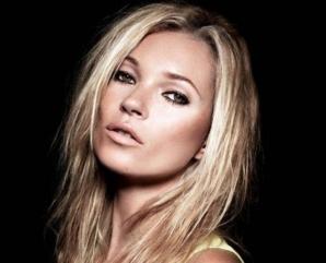 <p>Kate Moss divorteaza din nou</p>