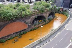 Râul portocaliu