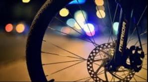 Pieton accidentat de un biciclist beat. I s-a întocmit dosar penal pentru vătămare corporală