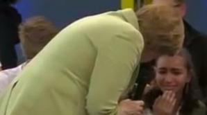 Angela Merkel a făcut o fetiţă să plângă, în direct, la televizor. Ce i-a spus cancelarul Germaniei