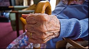 Scade vârsta de pensionare. Iată ce proiect de lege a votat Senatul