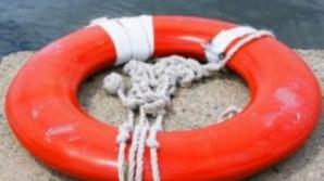 Accident extrem de grav la piscină. A intrat în comă, după o săritură în apă. Ce s-a întâmplat