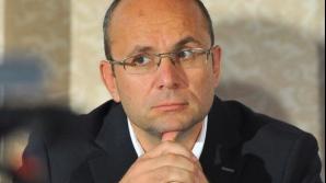 Cozmin Guşă: Partidul nu îl mai vrea pe Victor Ponta. Este un pacient ţinut artificial în funcţie