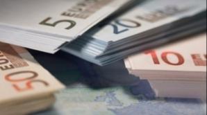 Ce se întâmplă cu cursul euro - dolar