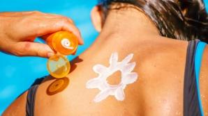 Pericolul neştiut din crema de protecție solară