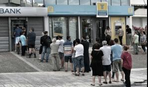 Băncile din Grecia se redeschid