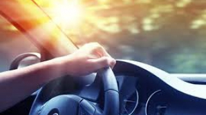 Cum să-ţi răcoreşti maşina în timpul verii. Trucuri utile
