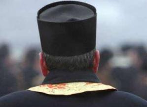 Preot, condamnat la 13 ani de închisoare după şi-a ucis tatăl în bătaie