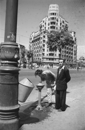 Fotografii fabuloase. Cum arăta vara lui '56 la București