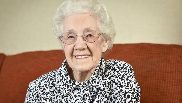 <p>Însarcinta la vârsta de 100 de ani</p>