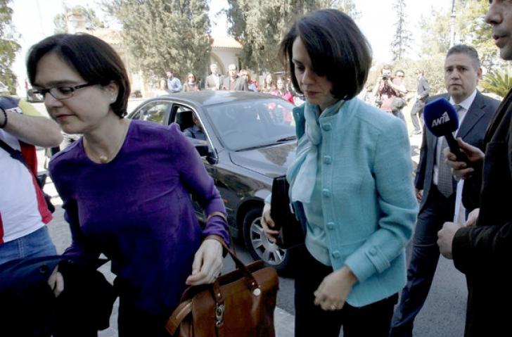 Delia Velculescu, în timpul negocierilor din Cipru