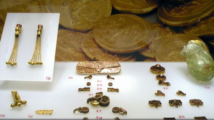 Expoziția itinerantă 'Aurul antic al României' a ajuns la Muzeul Secuiesc din Sfântu Gheorghe